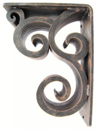 Isabelle-30B   7.5D 10.0H 3.0W Iron Corbel