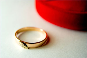three-stone-engagement-rings.jpg