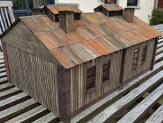 Corrugated iron roof option. Superb rusty look. (model+picture: Dirk Tegethoff)