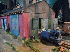 On30 2 road engine shed. Great for a working industrial shed (model and picture: Johan W van Doorn)