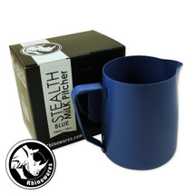 These non-stick milk pitchers answer the coffee industry's plea for a jug which is super easy to keep clean! The teflon finish combines convenience with quality.