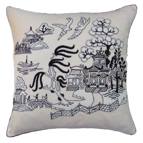 China Black Willow Pattern Cushion