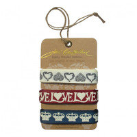 Love crown and heart ribbons