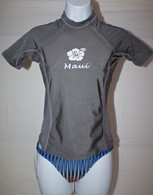 Women's Short Sleeve Gray Rash Guard