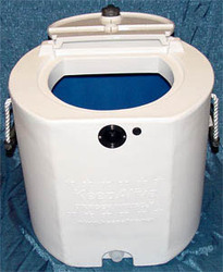 20 Gallon Tank w/ White Exterior and Blue Interior and KA500 KeepAlive®Oxygen Infusor ®