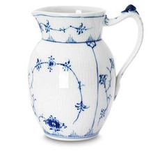 Royal Copenhagen Blue Fluted Plain Pitcher 32 oz. (1101442)