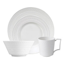 Wedgwood Intaglio 4 Piece Place Setting