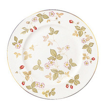 Wedgwood Wild Strawberry Salad / Dessert Plate 8""