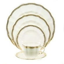 Royal Crown Derby Carlton Gold 5 Piece Place Setting