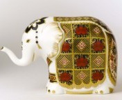 Royal Crown Derby Paperweight - ELEPHANT S/S 4""
