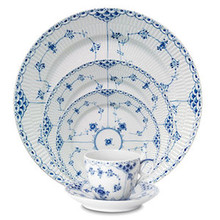 Royal Copenhagen Blue Fluted Half Lace 5 Piece Place Setting (1102030)