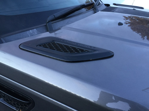Range Rover Sport Bonnet Vents 2005-2012 Installed & Painted