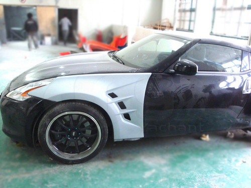 Nissan 370Z AM Style Front Vented Wings Pair