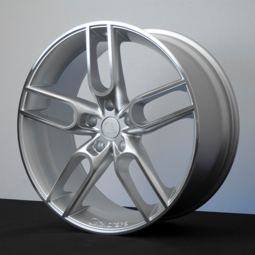 "20"" Caractere CW1 Alloy Wheels Silver Polished Face"
