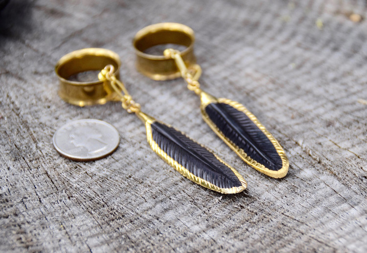 Black Feather Hanging Magnetic Clasp Gauged Earrings