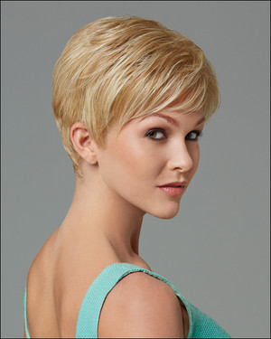 Gabor wigs Love light  blonde side view