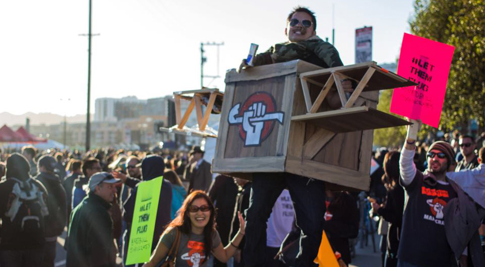 Man Crates Flugtag Protest