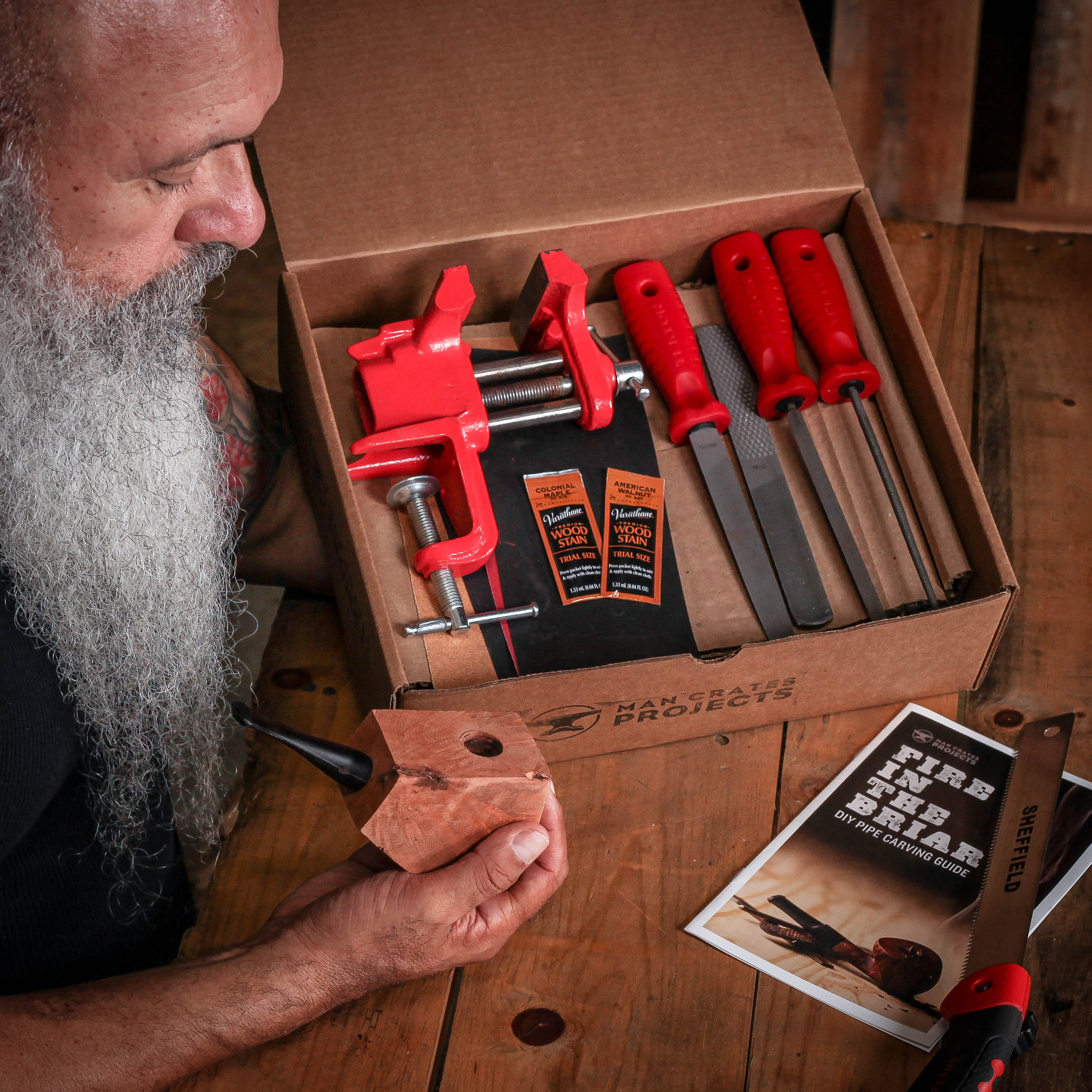 Man Crates Pipe Carving Kit