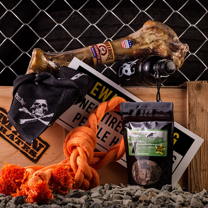 The Junkyard Dog Crate is the best gift for Man's Best Friend.