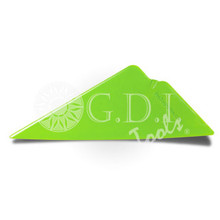 GT060 – EZ WING LIME The first thing that differentiates the EZ Wing from products like the EZ Reach or EZ Reach Ultra is the unique chizler tip that enables you to flip it over to chizel out those stubborn creases or dust spots. The second feature of the new EZ Wing is the increased stiffness across the nose of the tool. This will allow you to apply more pressure out at the tip in those situation where you are reaching into a tight spot.  The last, and most exciting, new feature of the EZ Wing is the integration of Control Contour Technology (CCT). This technology is found in the slightly curved main edge of the EZ Wing. The curved edge is designed to enable the tool to encourage a finger or bubble to disperse outward, which reduces the likelihood of a crease.