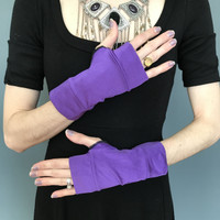 SALE - Shiny Purple Short Costume Gloves