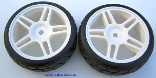 02020 02185 1/10 Scale Wheel Tire and White Rim Complete X 2