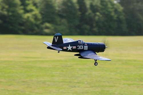 FMS RC Airplane  4FU Corsair V2  - RTF