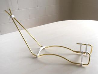 Wire Gun Stand - Gold