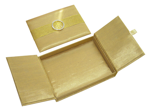 w4lx-box-inside.jpg