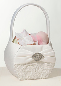 Cream Lace Flower Basket