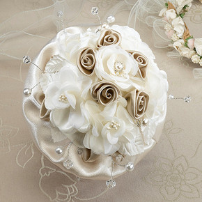 Taupe Rose Bouquet