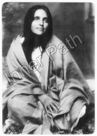"Anandamayi Ma Photo - Ma in Shawl - 4"" Magnet"