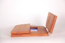 "Folding altar with 3.5""x5"" photo frame"