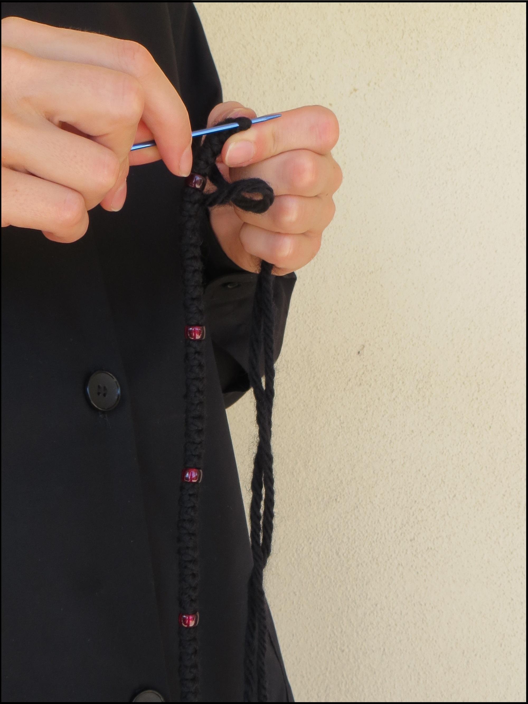 sister-tying-knots.jpg