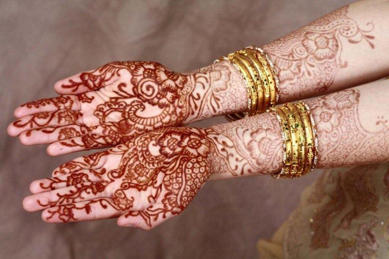 Mehndi Patterns History : Silk stone origin and history of henna