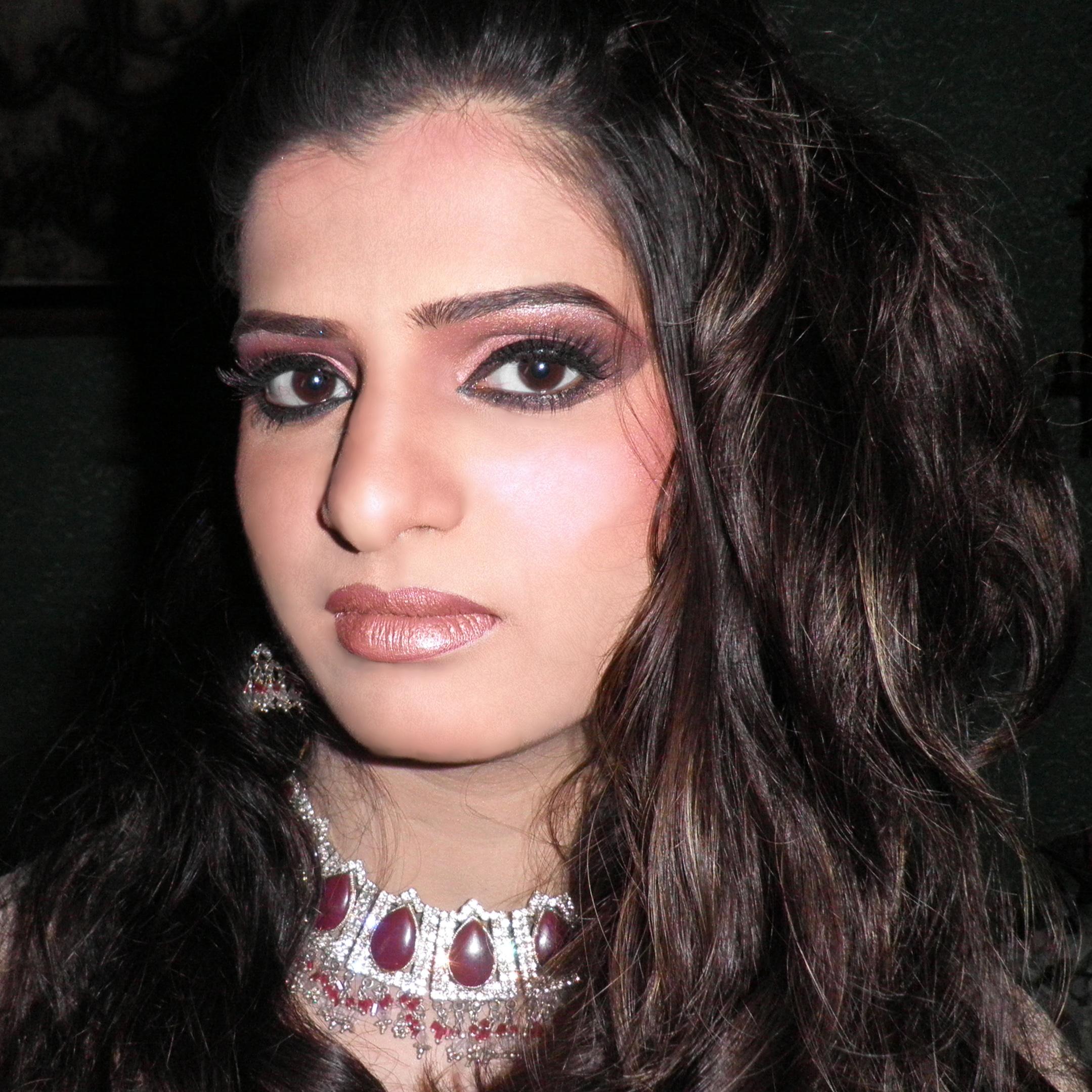 glamour-makeup_silknstone