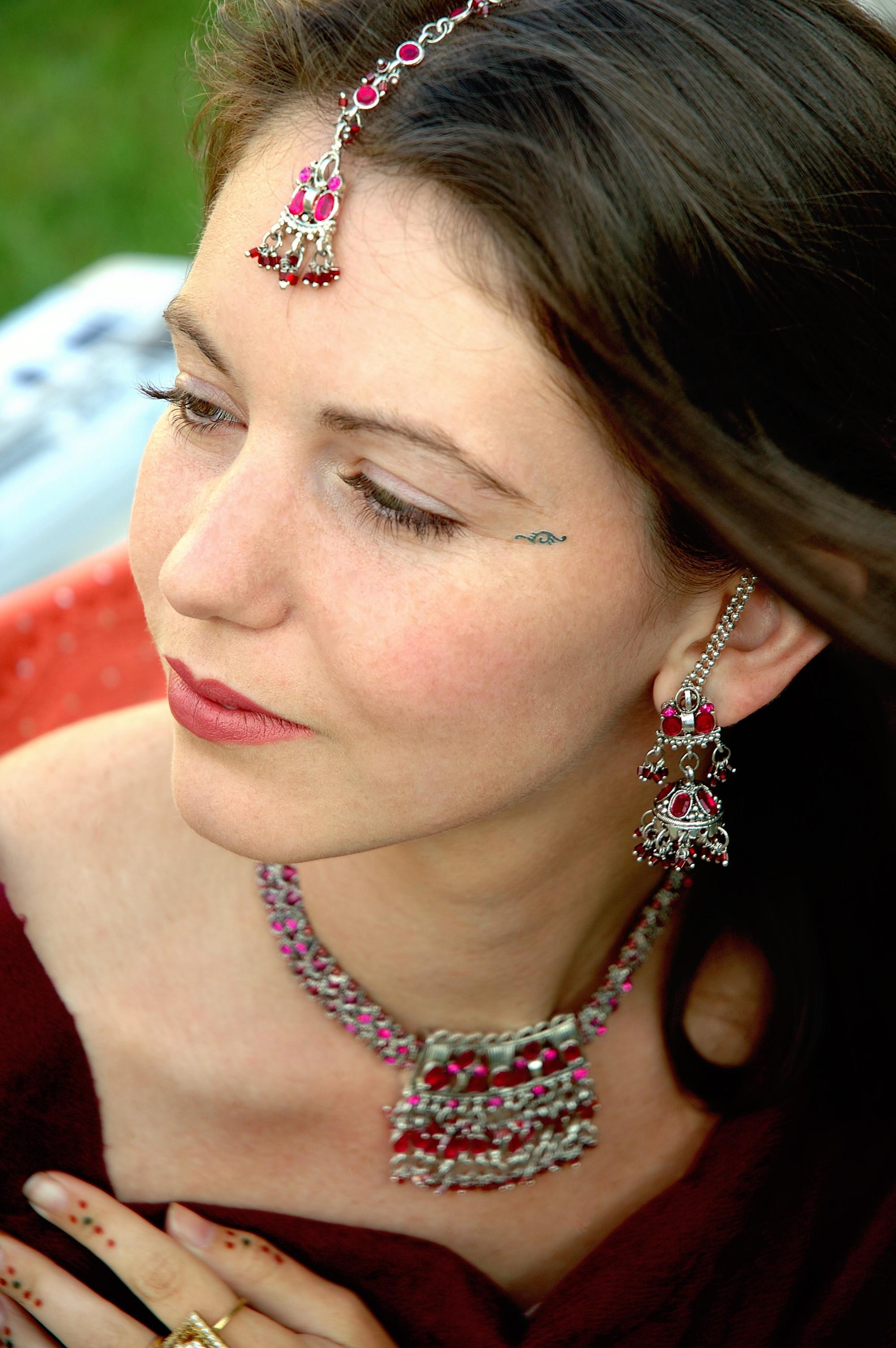 holly_makeup_silknstone.com