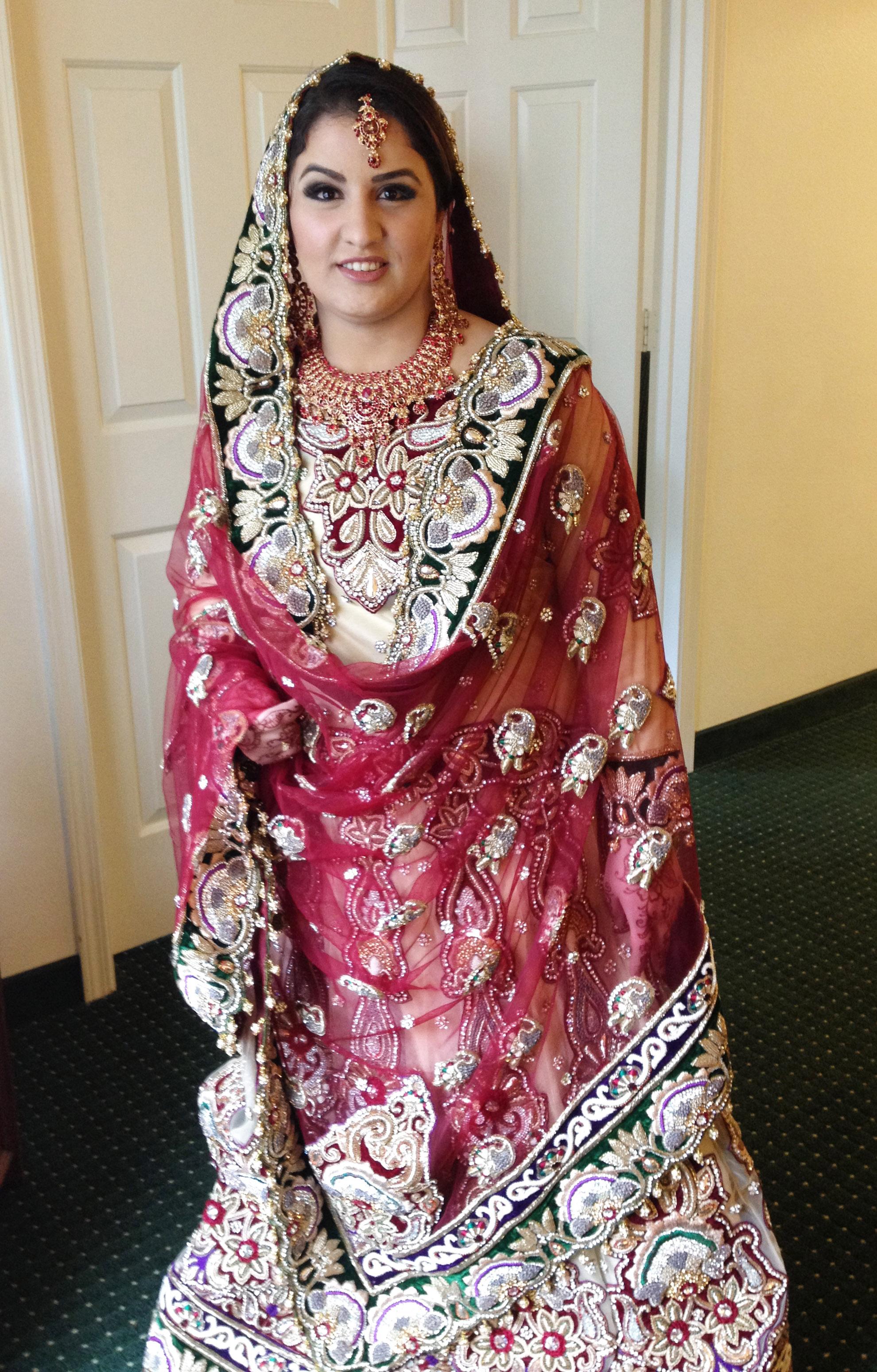 noor_Indian_makeup_henna_silk_&_stone