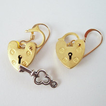 Mini gold padlock earrings really open and close