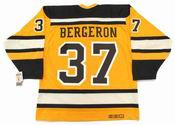 "PATRICE BERGERON Boston Bruins 2010 CCM Vintage ""Winter Classic"" NHL Hockey Jersey"