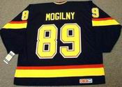 ALEXANDER MOGILNY Vancouver Canucks 1996 CCM Vintage Throwback Hockey Jersey
