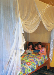 Cotton mosquito net with hidden frame
