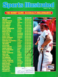 Mike Schmidt Autographed Sports Illustrated Magazine Philadelphia Phillies Beckett BAS #B63505