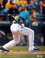 Robinson Cano Autographed 16x20 Photo Seattle Mariners PSA/DNA ITP Stock #78168