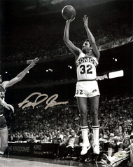 """Downtown"" Fred Brown Autographed 8x10 Photo Seattle Sonics MCS Holo Stock #107006"