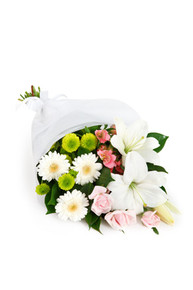 White lilies and white gerberas arranged for delivery in Italy.