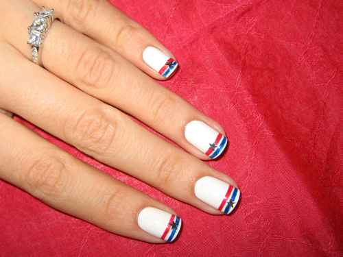 Simple July 4th Nail Design