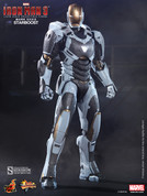 Hot Toys - Iron Man 3 - Mark XXXIX - Starboost
