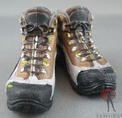 Very Hot - Hiking Boots - Brown - Black Soles - Molded Laces