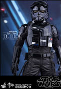 Hot Toys - Star Wars: The Force Awakens - First Order TIE Pilot
